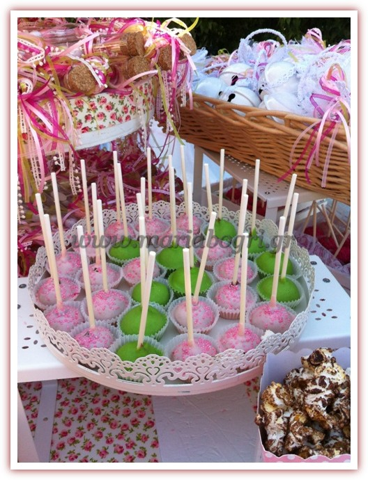 GIRL-PINK-POP-CAKES